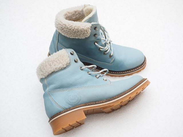 niebieskie buty zimowe